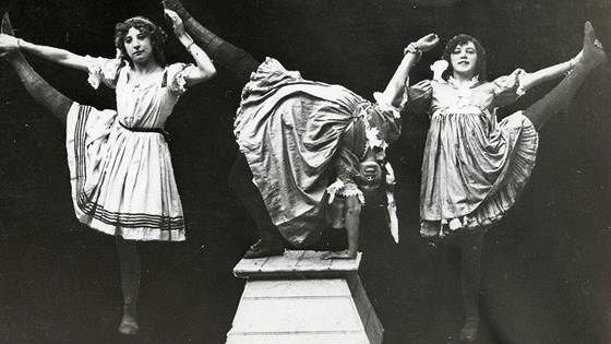 Шоу шоу: 100 лет водевиля, цирка и карнавала (The Show of Shows)