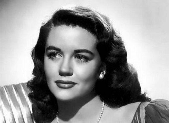 Дороти Мэлоун (Dorothy Malone)