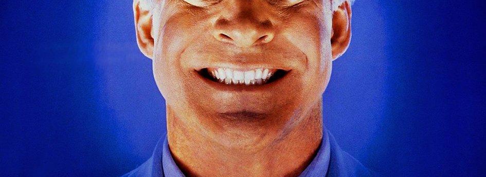 Кино: «Человек с двойным мозгом»