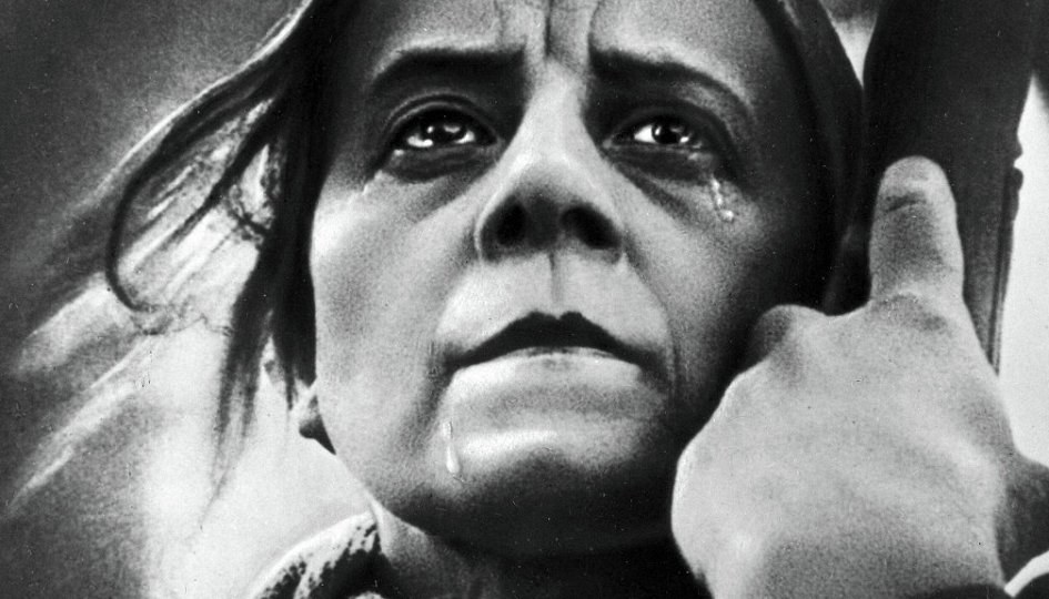 Кино: «Мать»