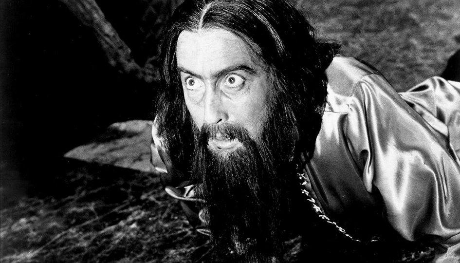 Кино: «Распутин, сумасшедший монах»