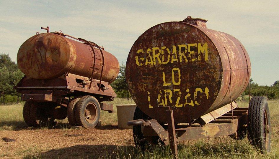 Кино: «Все в Ларзаке»