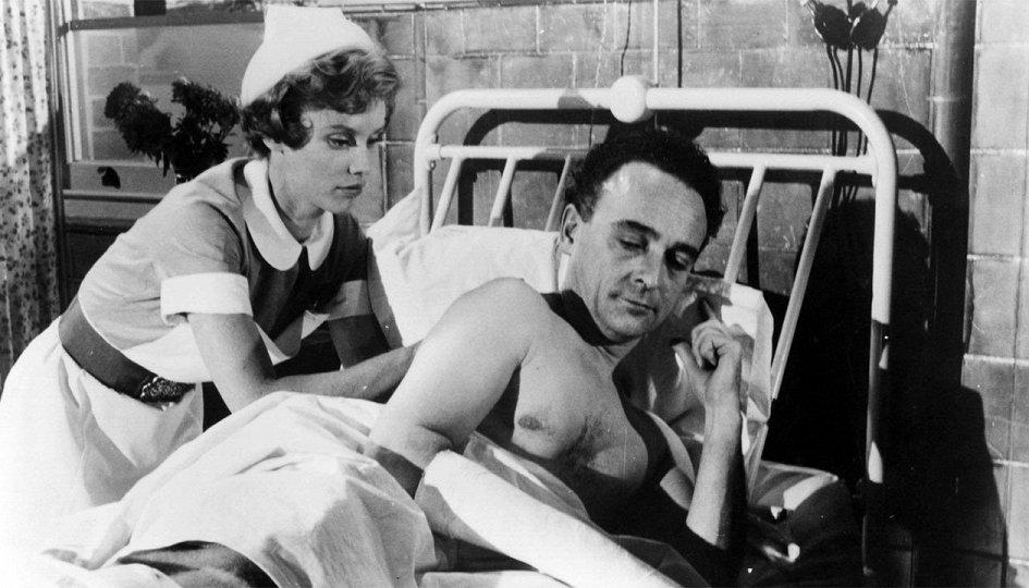 Кино: «Так держать, медсестра!»