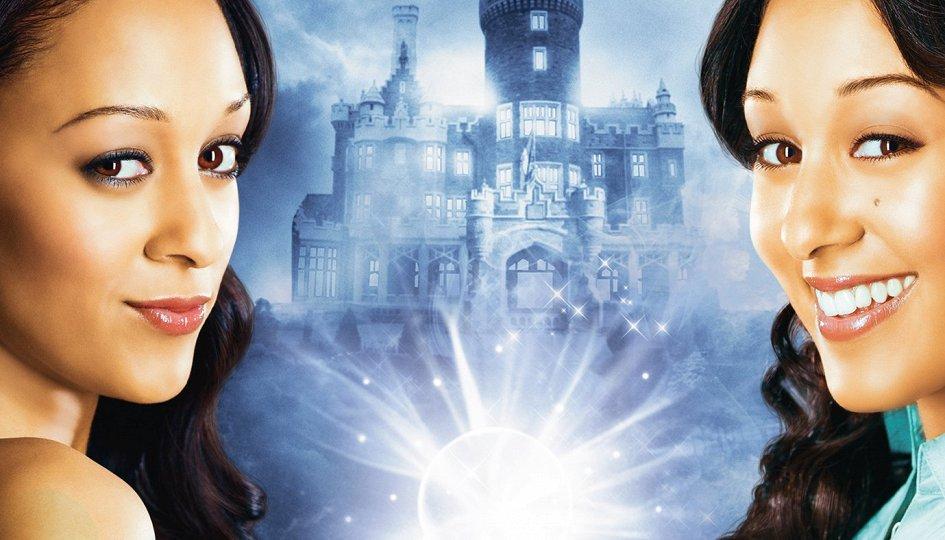 Кино: «Ведьмы-близняшки-2»