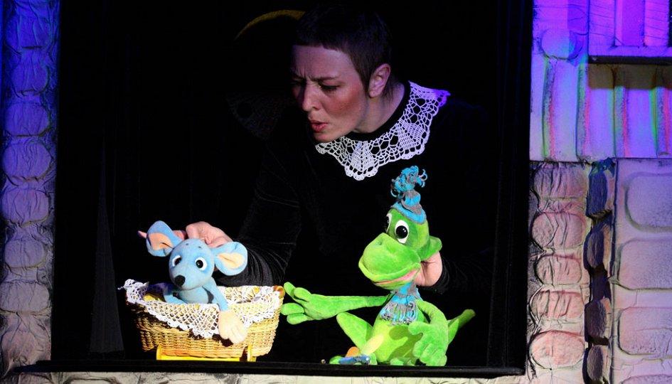 Театр: Сказка о глупом мышонке, Омск
