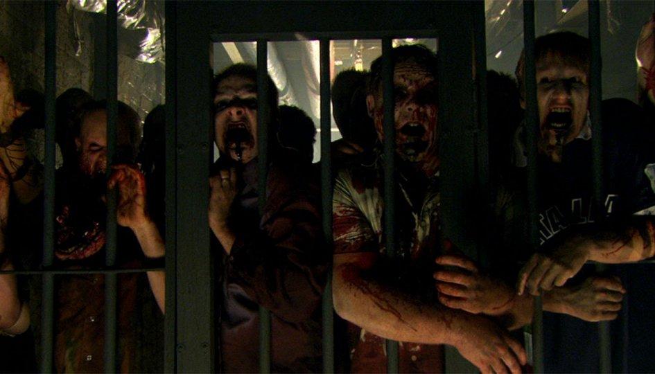 Кино: «Стриптиз от зомби»