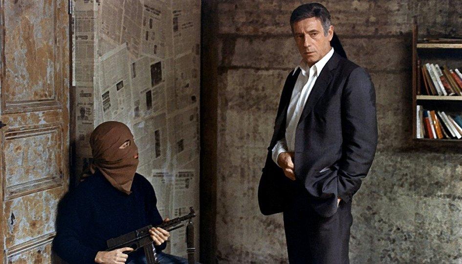 Кино: «Осадное положение»