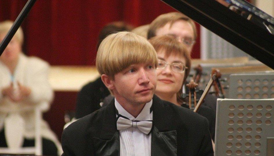 Концерты: Губернаторский оркестр Санкт-Петербурга. Дирижер Максим Алексеев