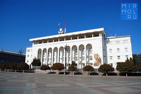 Обновленный кабинет министров поитогам кадровых решений врио Главы Дагестана