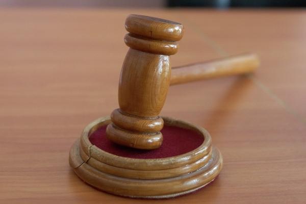 Входивший вбанду грабителей судья оказался наскамье подсудимых