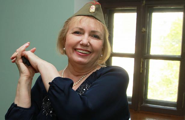 «Московское долголетие»: занятия танцами всоциальном центре «Савелки»