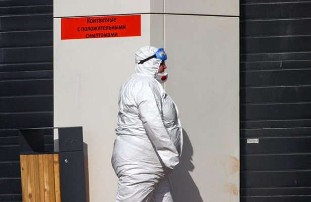 Иммунолог назвал настораживающий симптом коронавируса