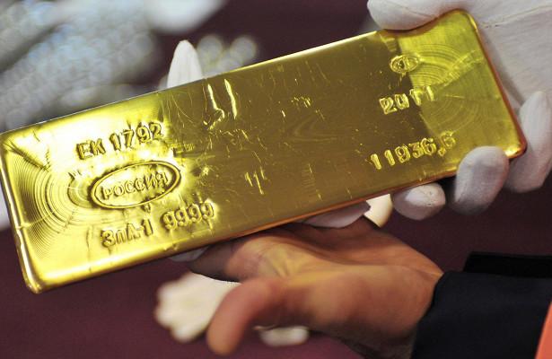 Золото впервые вистории обошло доллар врезервах России