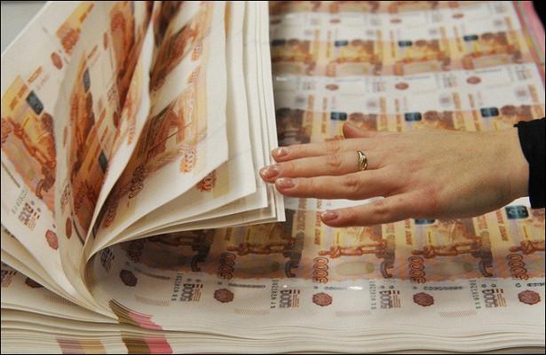 Этот чарующий хруст: количество бумажных денег стремительно растет