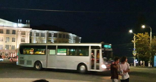 ВКурске проверяют, какходит общественный транспорт вечером