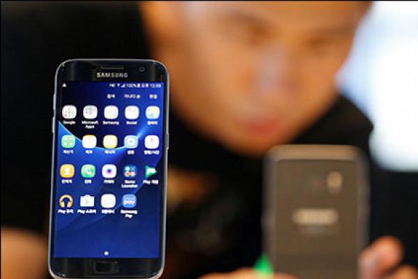 Мир начал переходить на б/у смартфоны - Рамблер/финансы