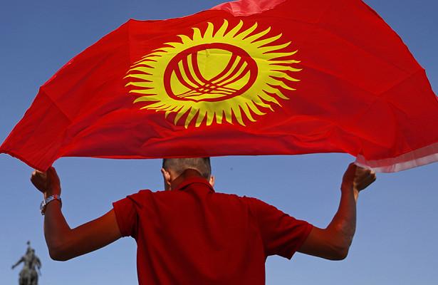 Кремль подтвердил приостановку финансовой помощи Киргизии