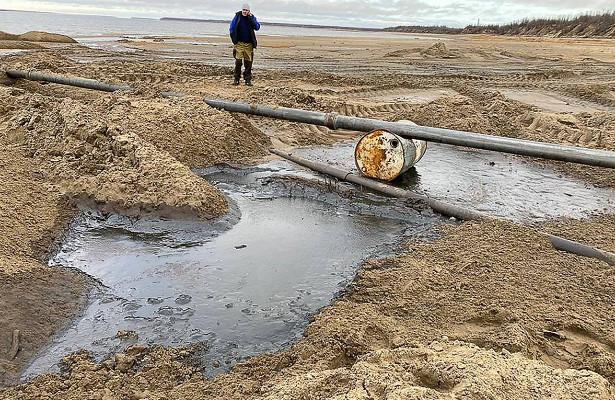 Нефтяники разработают планы предупреждения разливов нефти