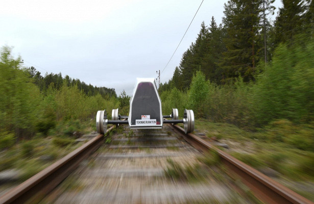 7b1e23f0e46c69474bb68bb4e9b1ba6b - Самодельный электромобиль установил новый рекорд
