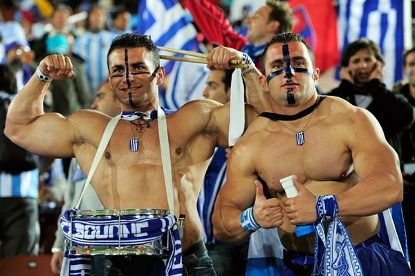 «Горячие люди». ВВОБобъяснили нападение греческих фанатов нароссийскую прессу