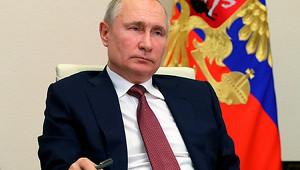 Путин предложил отменить ограничения повозрасту дляназначенных имгосслужащих