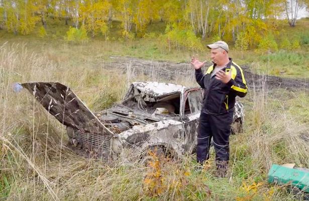 Видео: новосибирцы завели машины, годпролежавшие подземлей