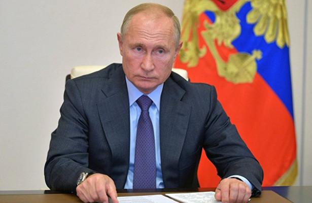 Путин выделил регионам 10миллиардов наборьбу сCOVID