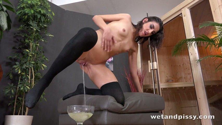 Sex girl model fuck nude glasses