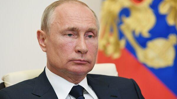 Путин поздравил Николая Добронравова сднем рождения