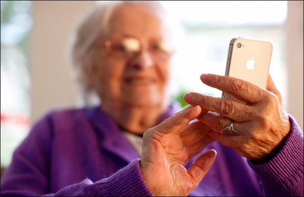 «МегаФон» предоставил пенсионерам бессрочную скидку насвязь