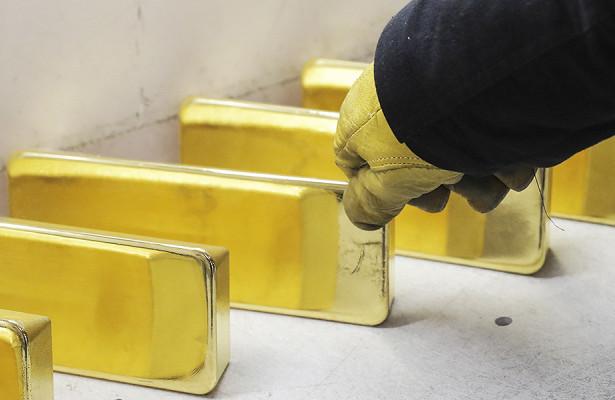 Россиянам назвали конкурента золоту