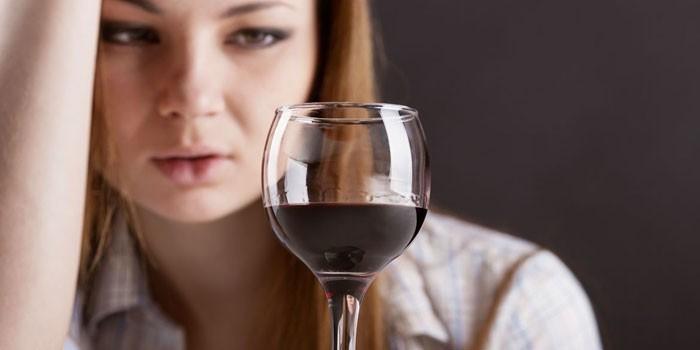 Как избавиться от алкоголизма женщине в домашних условиях