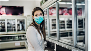Хроники коронавируса: почему опасно прививать людей отCOVID-19одной прививкой