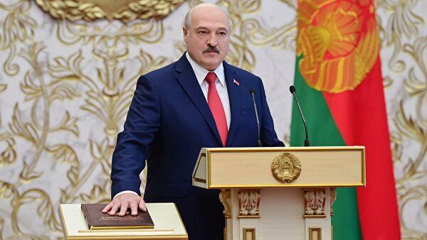 Лукашенко пообещал поддержку армии новым помощникам врегионах
