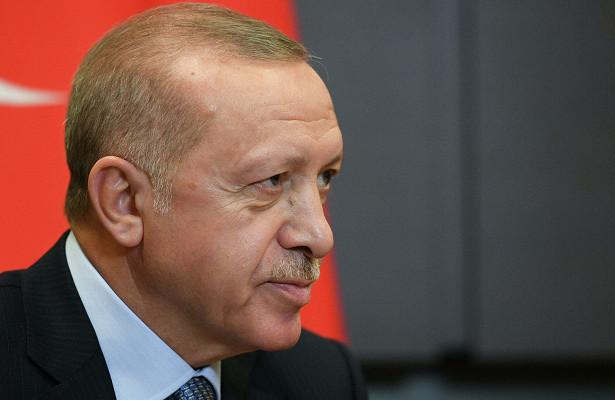 Эрдоган призвал турок бойкотировать французские товары