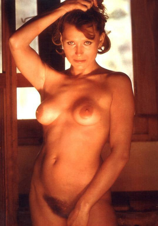 Something nude outdoors sophia loren apologise