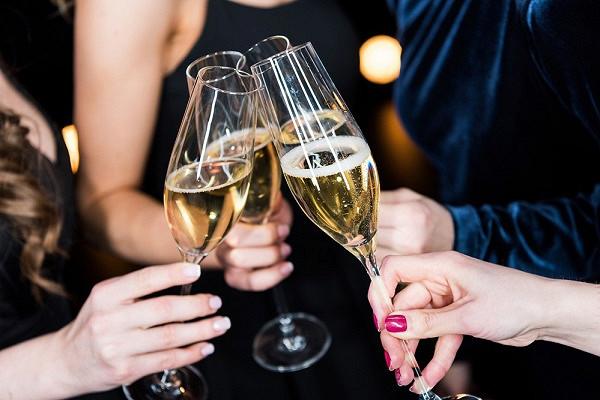 Эксперты узнали олюбимом шампанском россиян