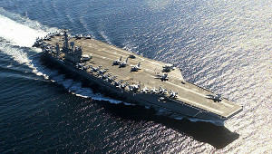 СШАнаправили авианосец вПерсидский залив
