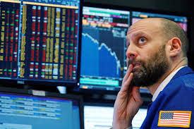 Индекс DowJones рухнул на943пункта