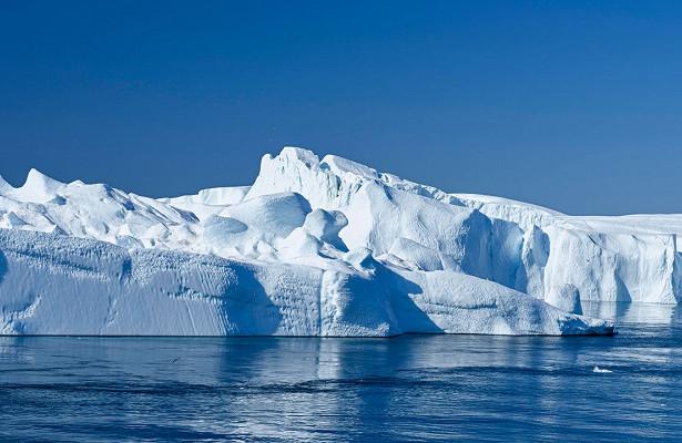 «Марсианский» минерал нашли вольдах Антарктиды