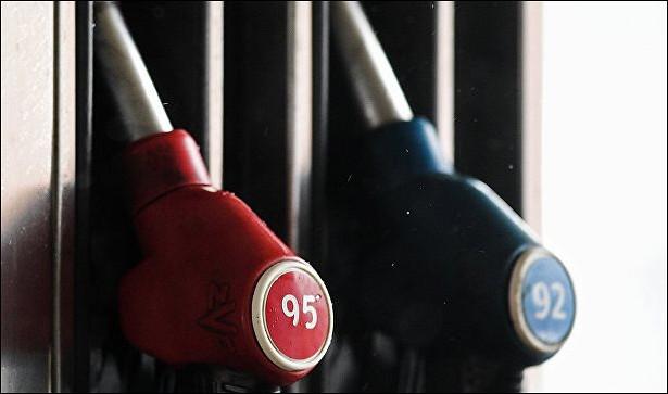 Цены набензин начали расти нафоне отсутствия «Роснефти» наторгах