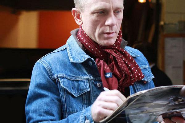 Семь способов завязать шарф какзвезда