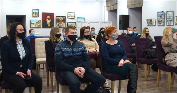Молодежным советам предприятий иорганизаций Вологды вручили «трудовые» книжки