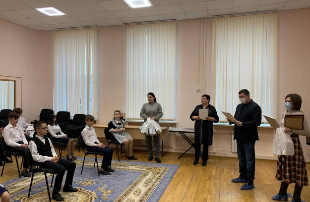 Ковалев поздравил участников фестиваля «Радуга»