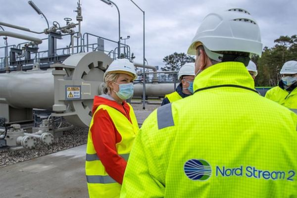 «Газпром» назвал препятствие длязавершения «СП-2»