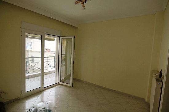 Недвижимость в Пелла квартиру
