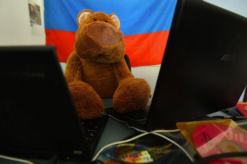 Генпрокурор Барр: Россия стоит закибератаками нагосорганы США