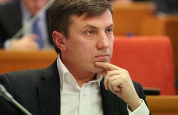 ВЯрославле расклейщики фальшивых листовок избили депутата областной думы отпартии «Парнас»