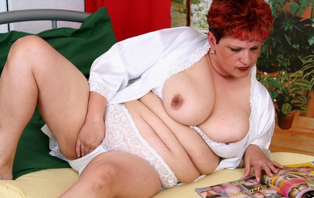 White mature wives creampies