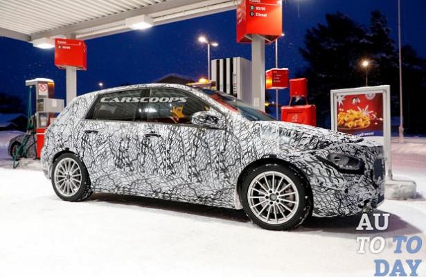 Новые BMW3-Series, Mercedes-Benz B-Class иPeugeot 208дебютируют вПариже